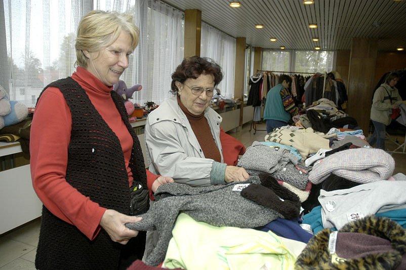 V Obecním domě se koná burza oblečení