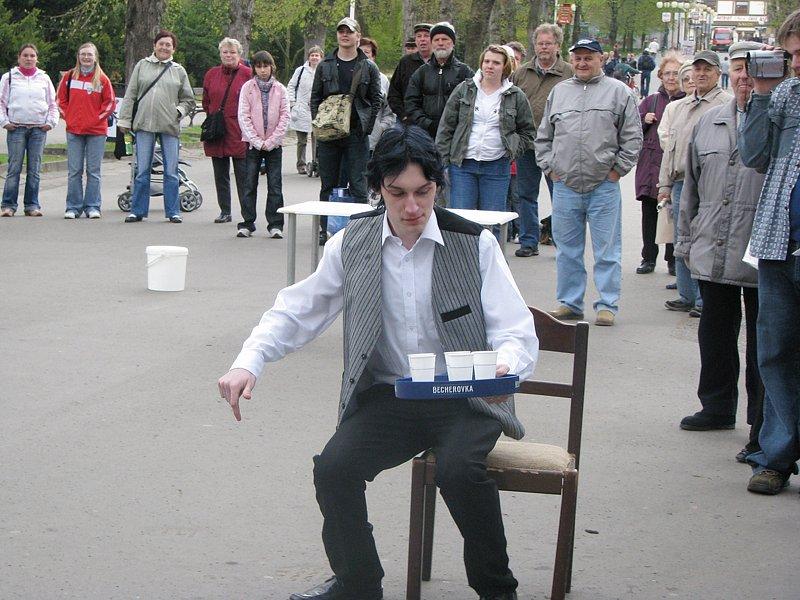 Největší atrakcí byla dovednostní soutěž barmanů.