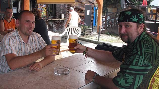 Pivní putování jsme zahájili v hospodě Na Žofíně.