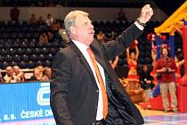 Vratislav Šístek prožívá s basketbalisty každý koš.