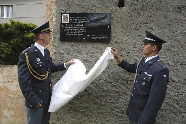 Hořátevští odhalili pomník letci R.A.F.