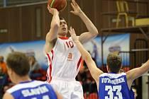 Z utkání play off basketbalové Mattoni NBL Nymburk - USK Praha (103:58)