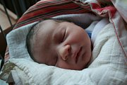 ALEXANDR HIRNER se narodil 22. listopadu 2018 v 10:50 hodin s délkou 50 cm a váhou 3 600g. Rodiče Mirela a Karel z Poděbrad se na prvorozeného chlapečka předem těšili.
