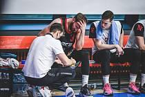 Basketbalista Martin Kříž má přetržený vaz v koleni a sezona pro něj skončila