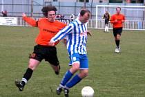 Fotbalisté Unionu Čelákovice se s Českým Brodem naposledy utkali v sezoně  2005/2006 v divizní skupině B. V této sezoně Čelákovice ze soutěže sestoupily