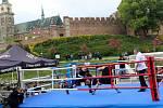 Boxeři se utkali na lodi pod nymburskými hradbami.