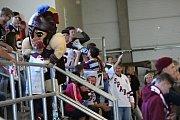 Poděbradský zimák byl k prasknutí. Hokejisté Sparty Praha zde změřili síly v souboji dvou extraligových celků s Mladou Boleslaví