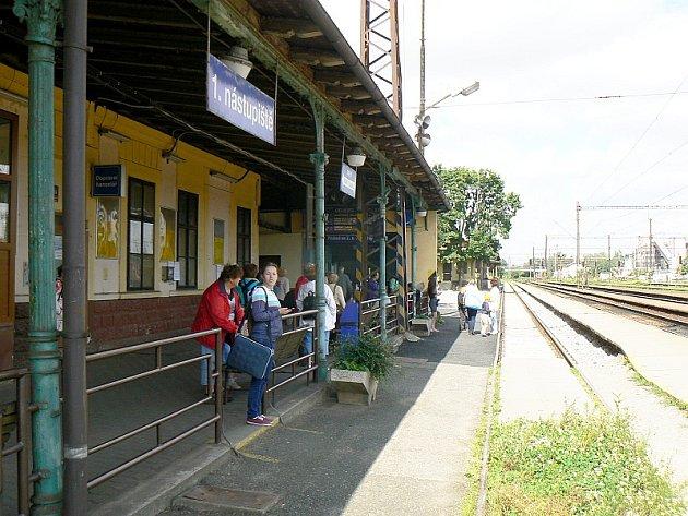 Nymburské nádraží ve čtvrtek dopoledne