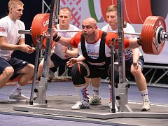 VICEMISTR EVROPY. Pavol Demčák, silový trojbojař Sokola Nymburk, skončil ve Švédsku na druhém místě.