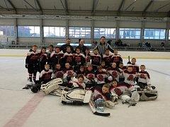 Hokejisté HC Poděbrady ročník 2009 deklasovali v posledním utkání sezóny v přátelském duelu tým TJ Stadion Nymburk.
