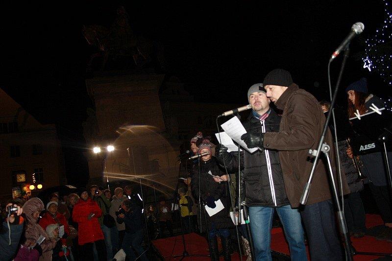 Půlnoční mše na Jiřího náměstí v Poděbradech