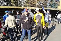 Šedesátka cyklistů jela příjemnou akci od nymburského pivovaru s názvem cyklozavírák.