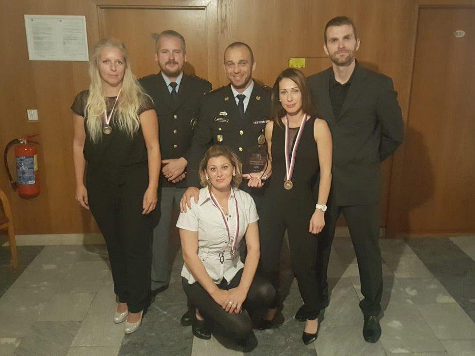 Středočeské policistky získaly 3. místo na Policejním mistrovství ČR ve střelbě z krátkých zbraní.
