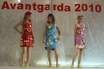 V Lysé nad Labem jsou do neděle k vidění výstavy Elegance, Avantgarda a Narcis.