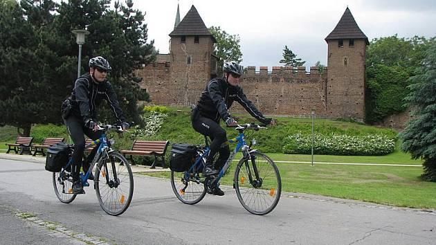 Nové policejní cyklohlídky vyjeli poprvé v úterý