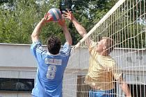 Na  oficiálních turnajích republikového šampionátu Nymburáci vybojovali čtyři zlaté, šest stříbrných a dvě bronzové medaile. Díky tomu je Nymburk nejlepší deblovou mekkou pro kor 2007. Za nimi následuje Brno a Praha.