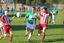 Z okresního fotbalového derby I.B třídy Sadská - Milovice (2:1)
