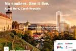 Kampaň No Spoilers. See It Live lákající Američany k cestě do Prahy.