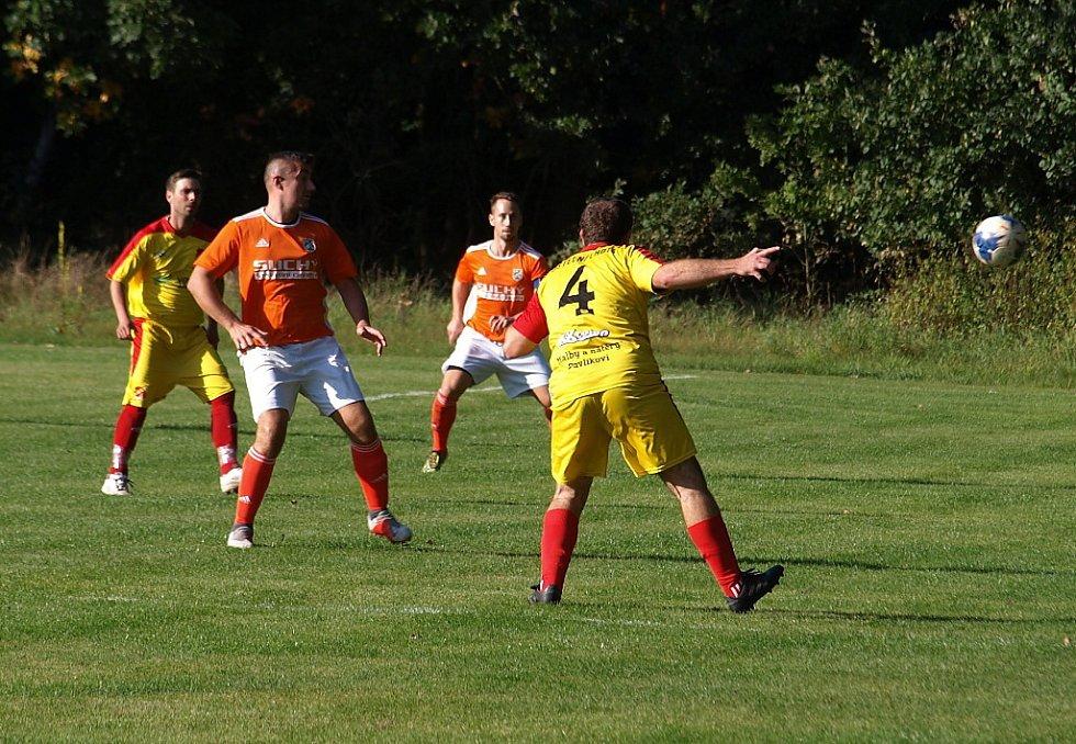 Z fotbalového utkání okresního přeboru Kostelní Lhota - Kovanice (0:2)