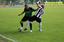 Z fotbalového utkání krajského přeboru Polaban Nymburk - Dobříš (3:0)