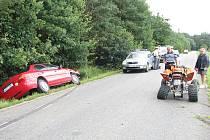 K nehodě čtyřkolky a osobního auta došlo u Semic