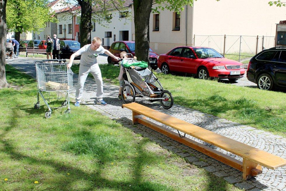 Kočárková jízda. Tak se v Nymburce jmenovala jedna z prvních veřejných akcí po uvolnění koronavirových opatření.