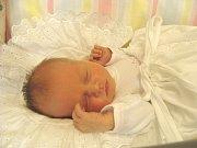 KAROLÍNKA Mašková se narodila v úterý 28. listopadu 2017 v 8.20 hodin s mírami 47 cm a 3 030 g. S rodiči Ladislavem Maškem a Miroslavou Pilerovou a sestřičkou Elenkou (6) bydlí v Poděbradech.