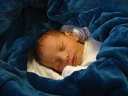 MICHAL ZELENKA se narodil 10. ledna 2018 ve 12.46 hodin s výškou 47 cm a váhou 2 900 g. Z prvorozeného a dopředu prozrazeného kluka se radují rodiče Jan a Miriam z Netřebic.