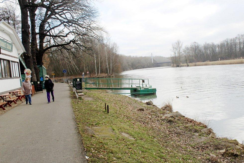 Soutok v sobotu po obědě nebyl cílem turistů ani místních.