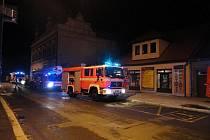 Požár sazí v komíně v nymburské Tyršově ulici