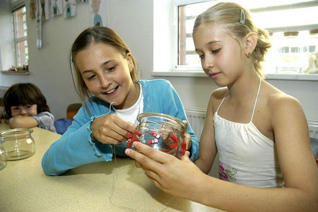 Děti v příměstském táboru si mohli vyzkouštet drátování.