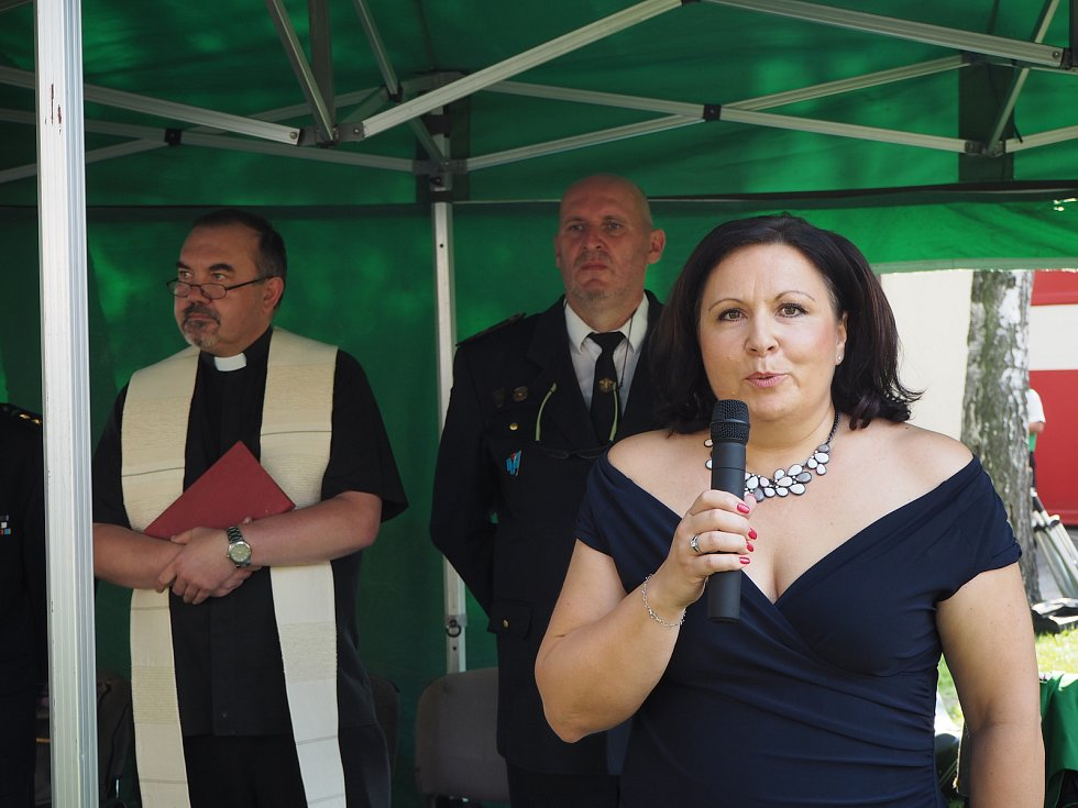 V Libici pokřtili nový zásahový vůz.