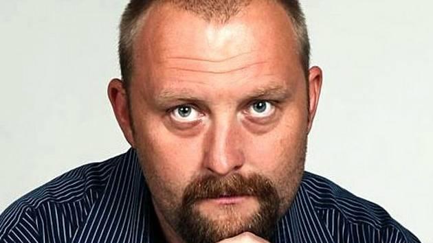 Učitel Marek Velechovský.