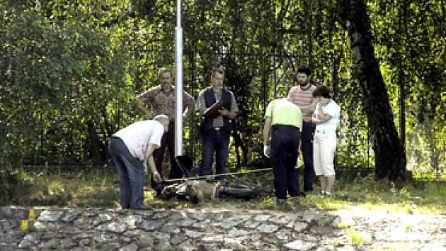 Polde dostupných informací by se mohlo v případě utonulého muže, který byl nalezel u Kostomlátek, jednat o Korejce.