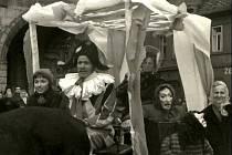 Do Nymburka se vrátil Masopust téměř po půl století. Jak vypadal ten současný, mají všichni v čerstvé paměti. Jak vypadal ten tehdejší, nabízí tyto snímky.
