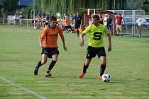 Z přípravného fotbalového utkání Sokoleč - Slovan Poděbrady (3:1)