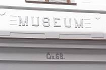 Polabské muzeum v Poděbradech bylo slavnostně otevřeno veřejnosti.