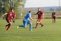 Z fotbalového utkání krajského přeboru Dobrovice - Bohemia Poděbrady (2:3)