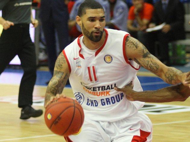 Basketbalista Nymburku Tre Simmons.