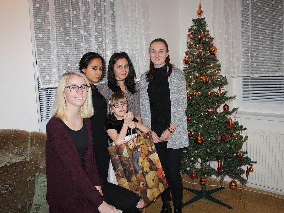 Štědré Vánoce v Dětském domově