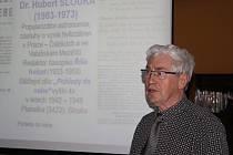 Astronom a astrofyzik Jiří Grygar přednášel v nymburské knihovně