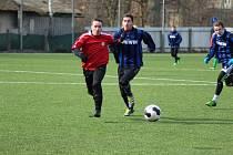 Z přípravného fotbalového utkání Poříčany - Rejšice (1:2)