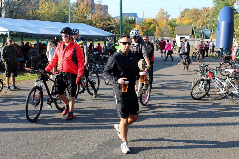 Z pivovaru vystartovaly v sobotu dopoledne stovky cyklistů na tradiční společenskou vyjížďku.