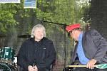 Zahrada Lesního ateliéru Kuba v Kersku byla v sobotu opět po roce plná příznivců mistra slova Bohumila Hrabala.