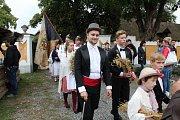 Dožínkovou slavnost V zámku a v podzámčí uspořádalo Polabské muzeum společně s obcí Přerov nad Labem a majitelem zámku Českým rozhlasem už tradičně ve skanzenu a přilehlém zámku.