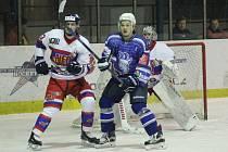 DERBY JE TADY. Hokejisté Nymburka mají zatím dva body. Přidají další v derby na ledě Kolína?