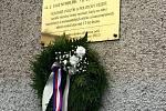 Památku obětí komunismu na třech místech uctila místostarostka Stanislava Tichá.