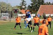 Z fotbalového utkání krajského přeboru Vykáň - Slaný (3:2)