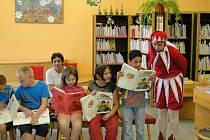 Pasování prvňáků v nymburské knihovně