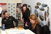 Středočeský kraj se prezentoval na veletrhu cestovního ruchu na Výstavišti v Pražských Holešovicích.  Mezi pozvanými hosty na krajském stánku nechyběla Gabriela Novotná a Lukáš Kvapil – oba známí účastí v Rallye Dakar.